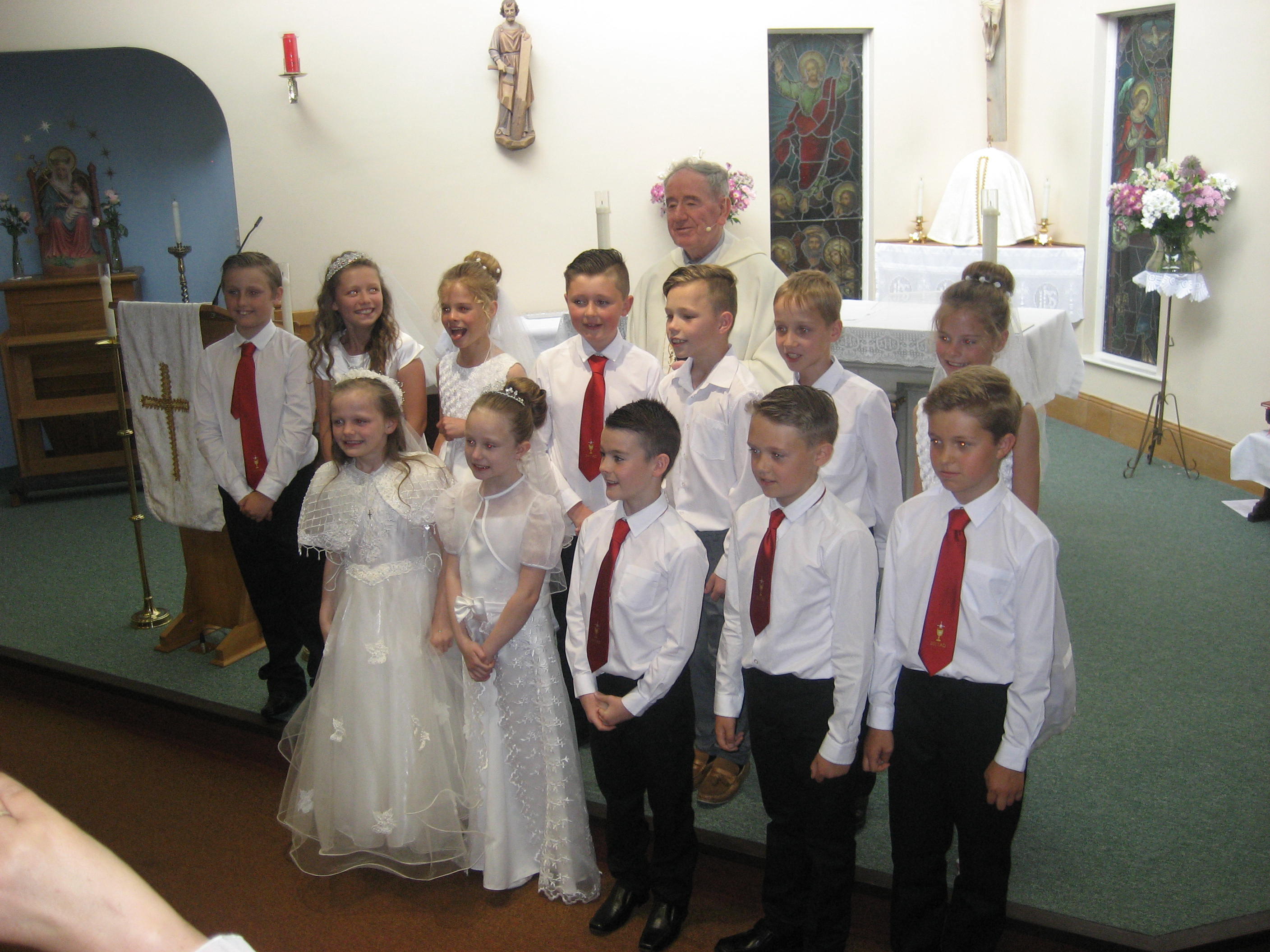 Wear to what for first holy communion